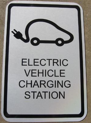 Smart Grids, Fast Charging - Infrastructure for Electric Cars