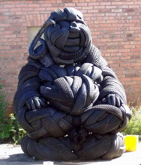 14 Awesome Sculptures Made Of Tires