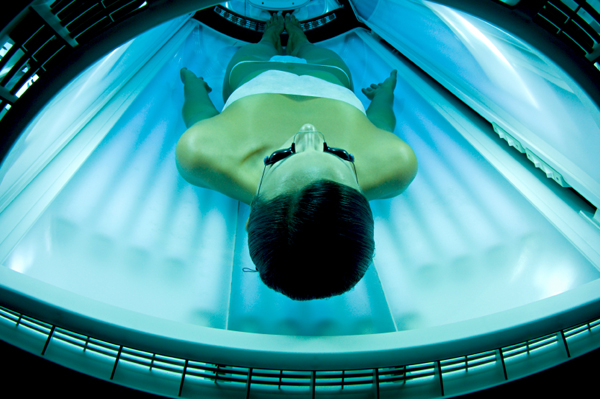 effect of tanning booth Tanning isn't just about pigment change in the skin, feldman said, uv radiation has complex effects, among them an effect on mood, at least in frequent tanners.
