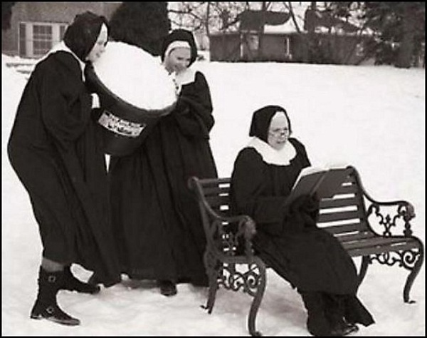 Fun with Nuns 904