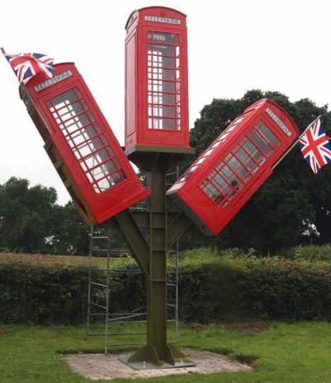 Phone Booth Tree House 287