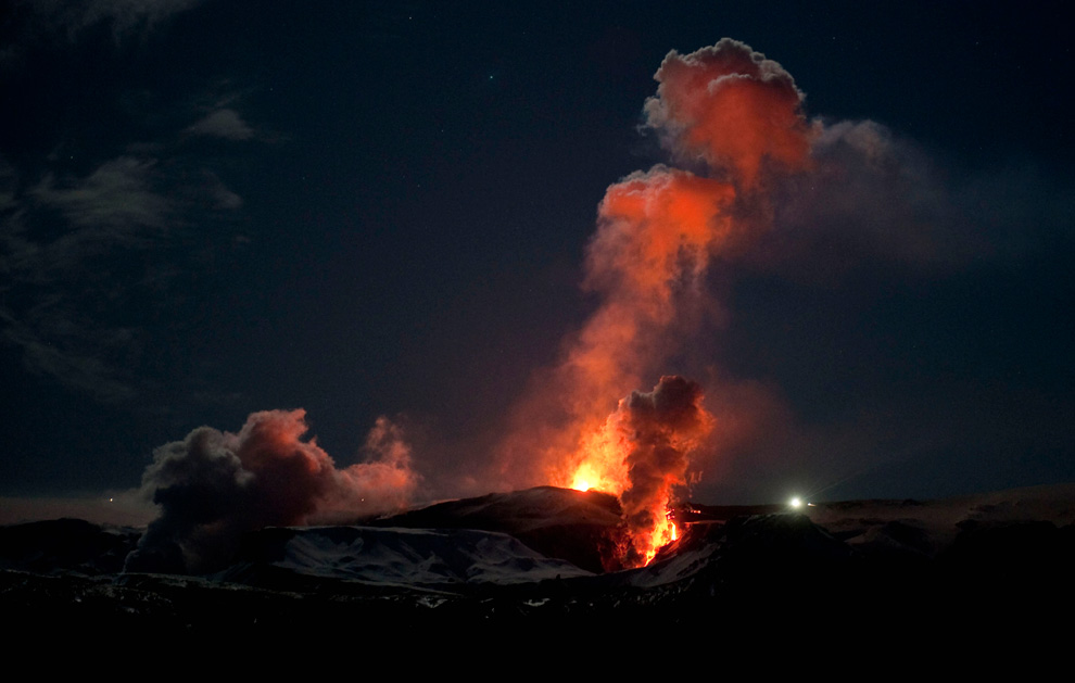 impact of volcanic eruptions on iceland A devastating volcanic eruption that struck early viking settlers in a team of researchers has unravelled its lasting impacts on climate and society in iceland.
