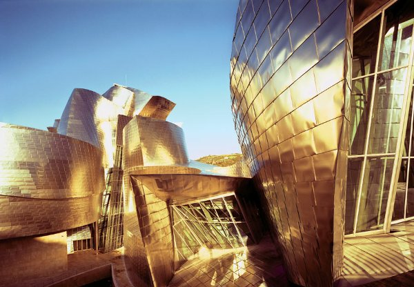 guggenheim_museum_in_bilbao_spain_by_frank_gehry_photo_by_peter_knaup