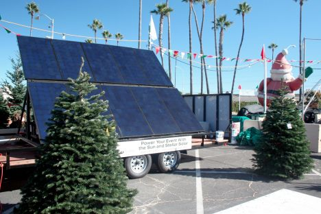 solar-christmas-tree-lot