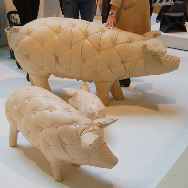 Milanese Tufted Pigs 622