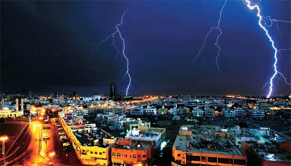 thunder_2612009Abu Dhabi
