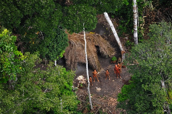 uncontacted_family 1