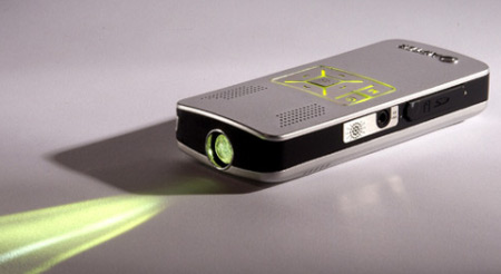 Tiny-Video-Projector-092