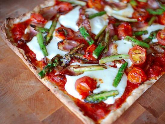 Liberals like thin crust pizza