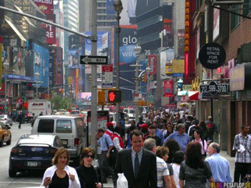 people-at-times-square-downtown-manhattan-nyc-new-york-city