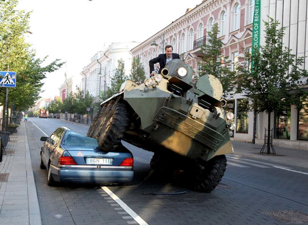 Mayor tank to crush Mercedes parked in bike lane 044