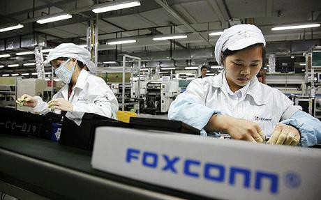 foxconn_workers11