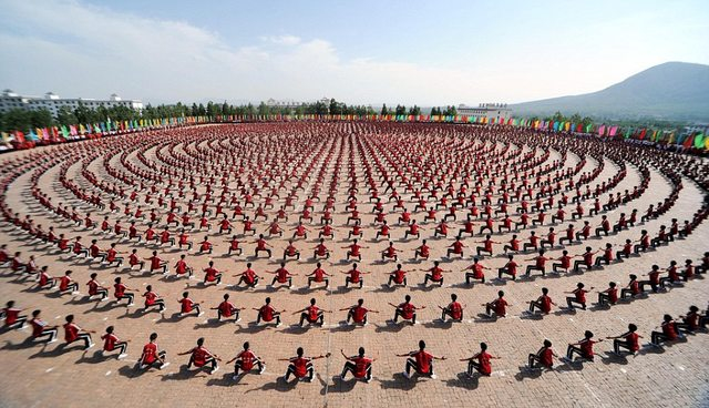 10,000 of China's best Kung Fu students 336