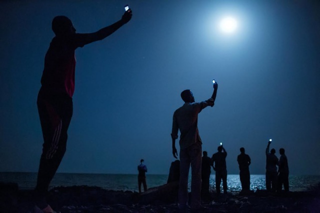 African migrants on the shore of Djibouti city f24gh