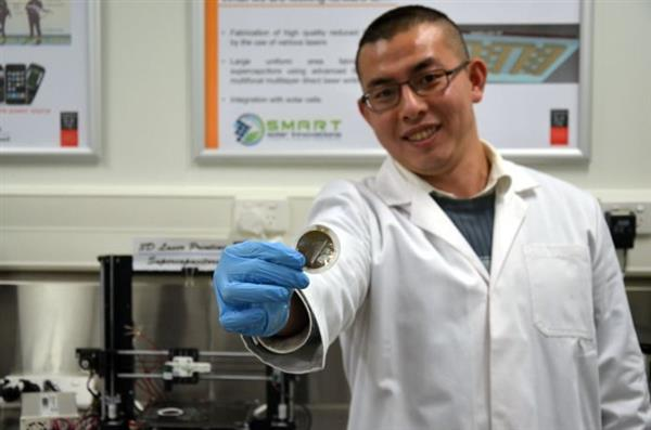 new-3d-printed-graphene-super-batteries-by-swinburne-researchers-will-last-a-lifetime-5