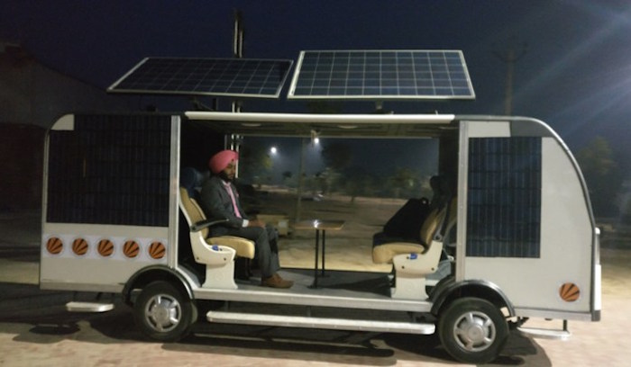 India-First-Solar-Powered-Bus