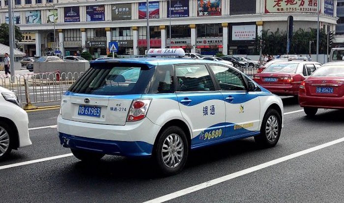 Shenzhen_BYD_e-taxi_new_look_2-630x372