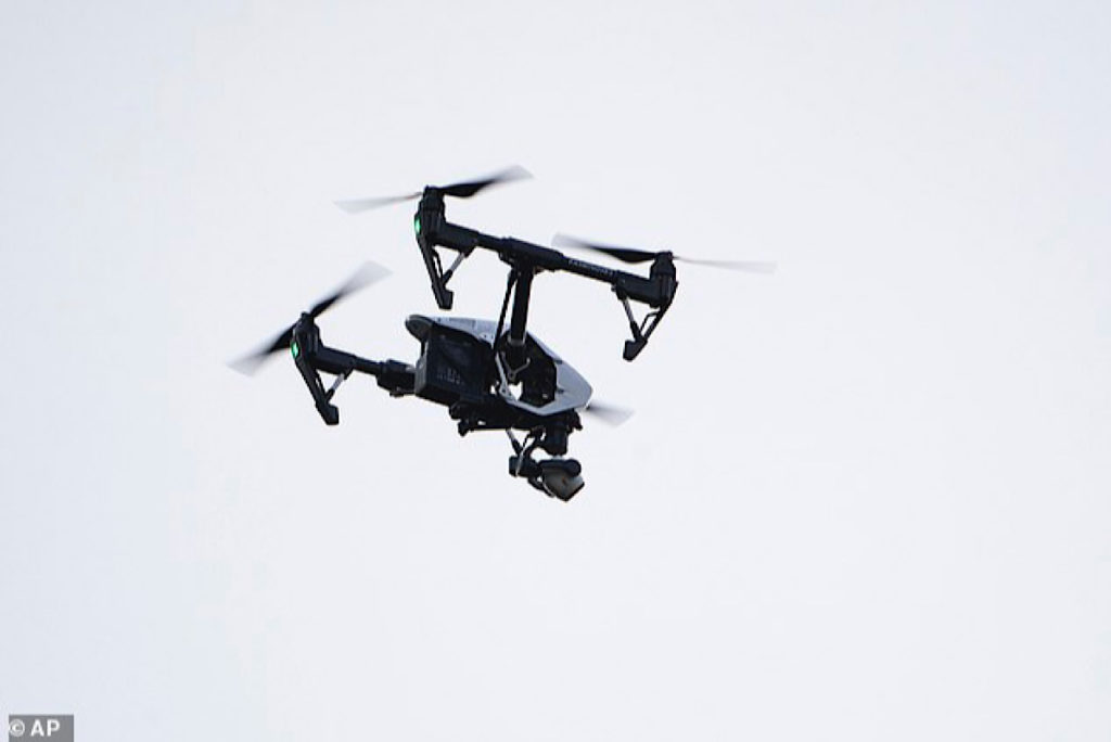 US-will-allow-small-drones-to-fly-over-people-3