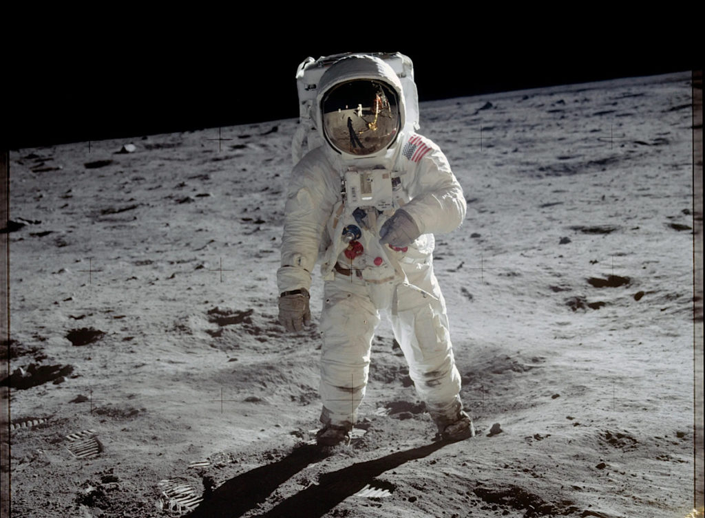 current-spacesuits-won't-cut-it-on-moon-2