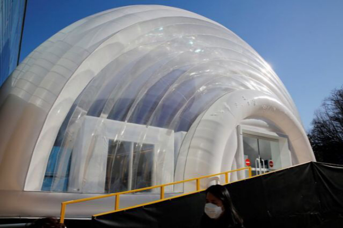 S.Korea unveils inflatable isolation ward for COVID-19 patients