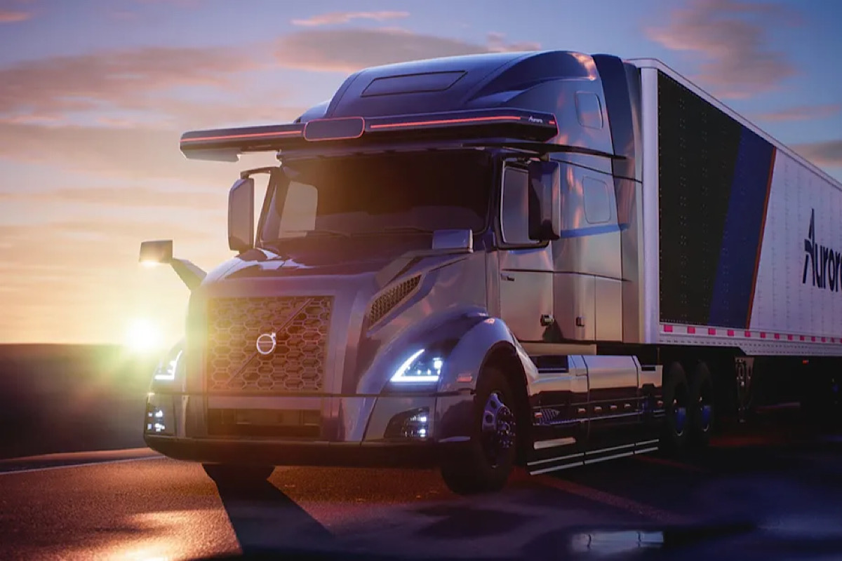 Volvo and Aurora team up on fully autonomous trucks for North America