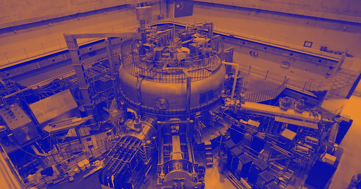 """China's """"Artificial Sun"""" Fusion Reactor Just Set a World Record"""