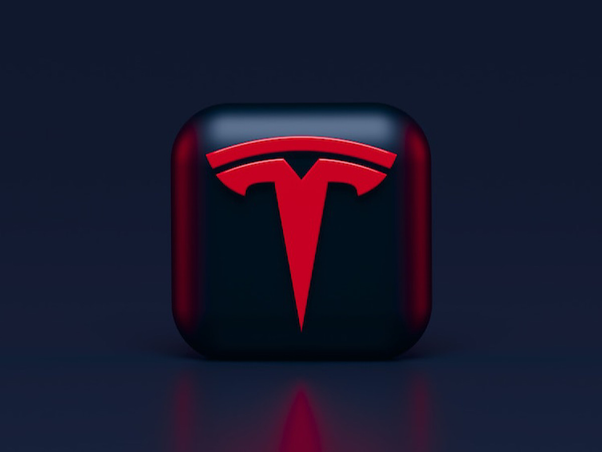Tesla to launch ridesharing app, with Tesla's Driver Insurance