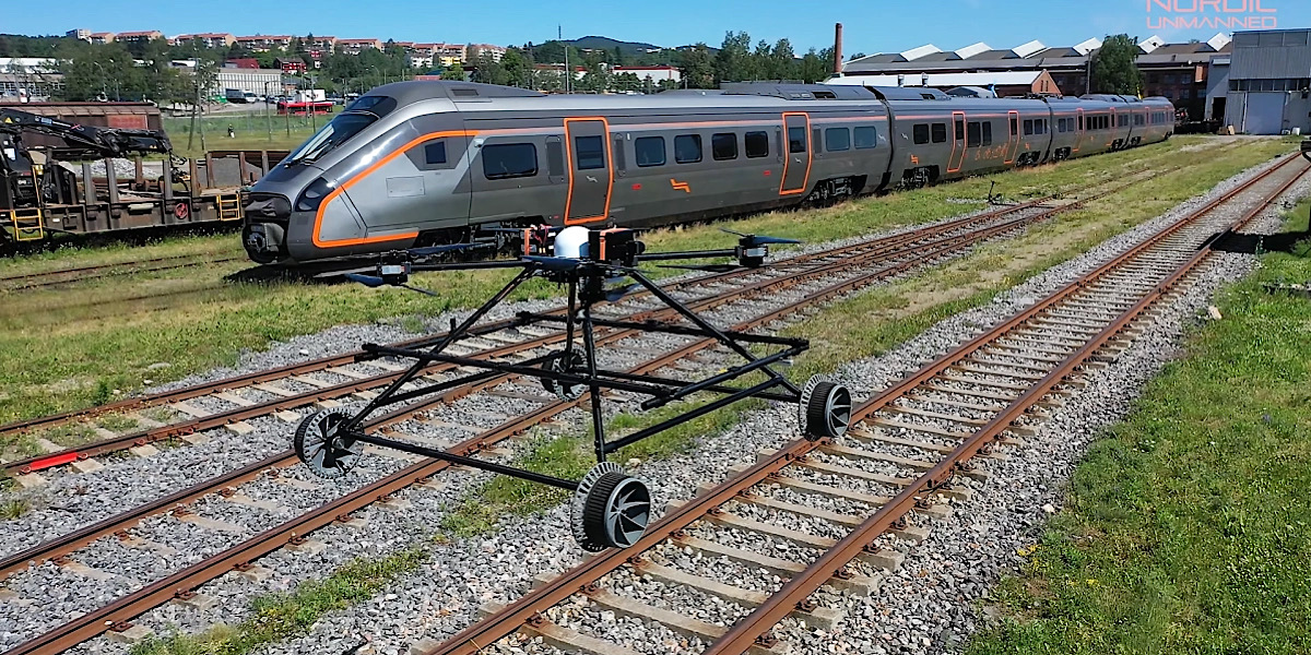 Soar and roll: New robot flies like a drone and drives like a train